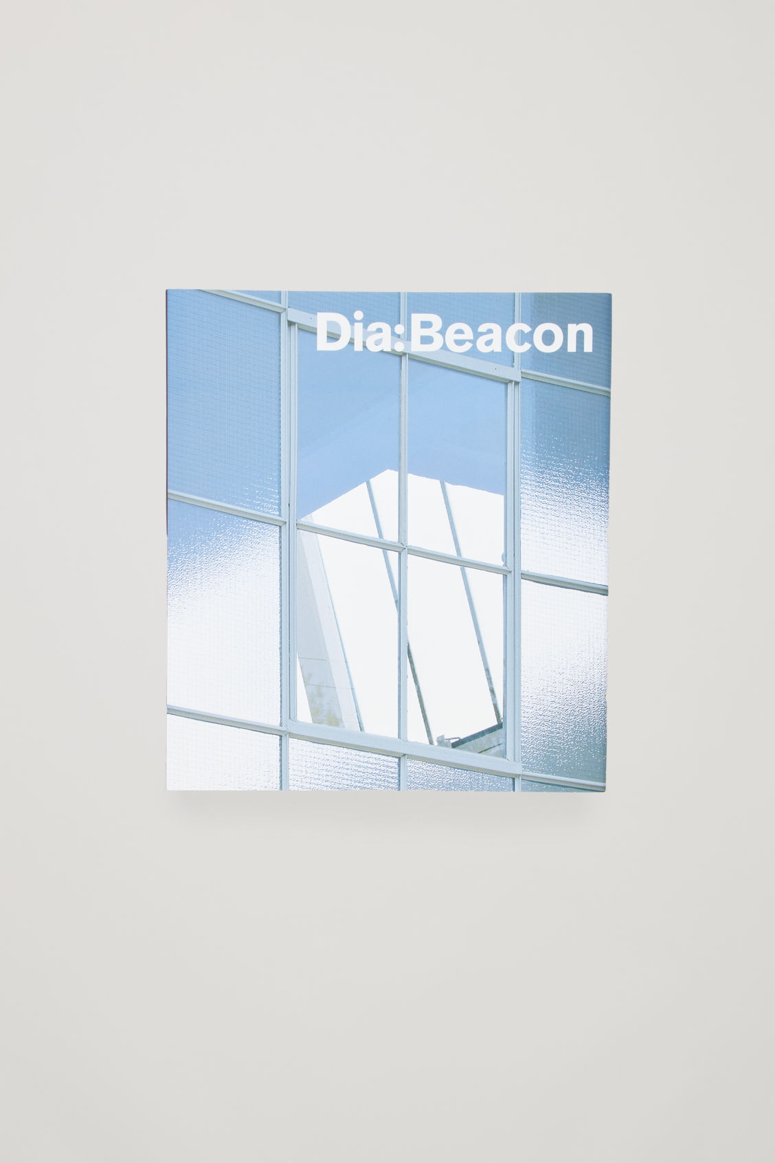 Front image of Cos dia: beacon  in white