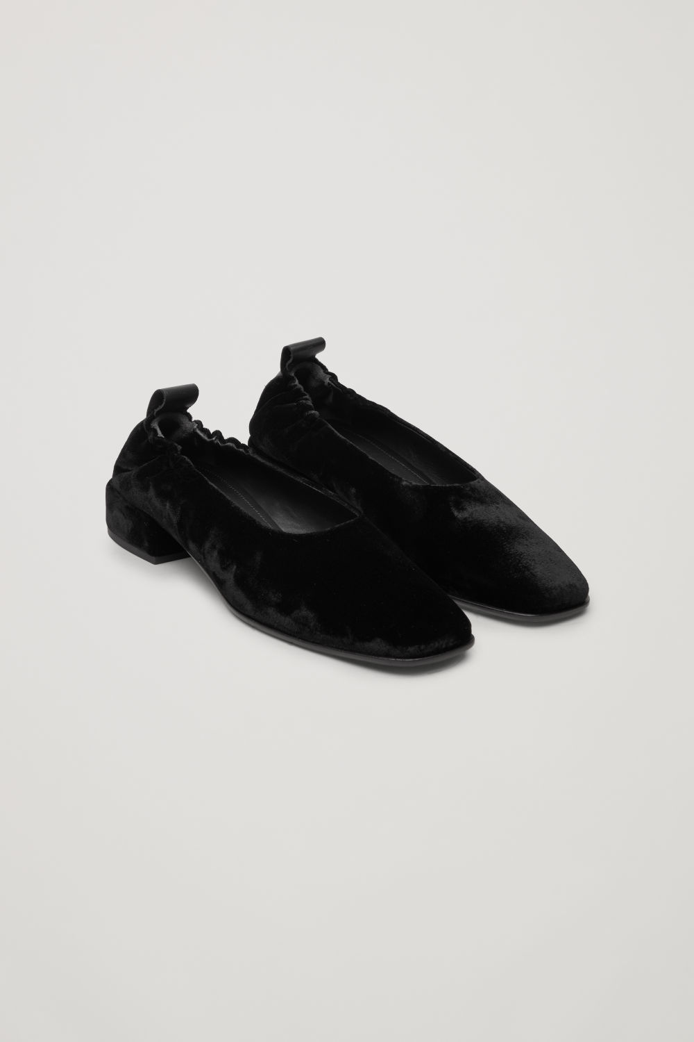 ELASTIC VELVET BALLERINA SHOES