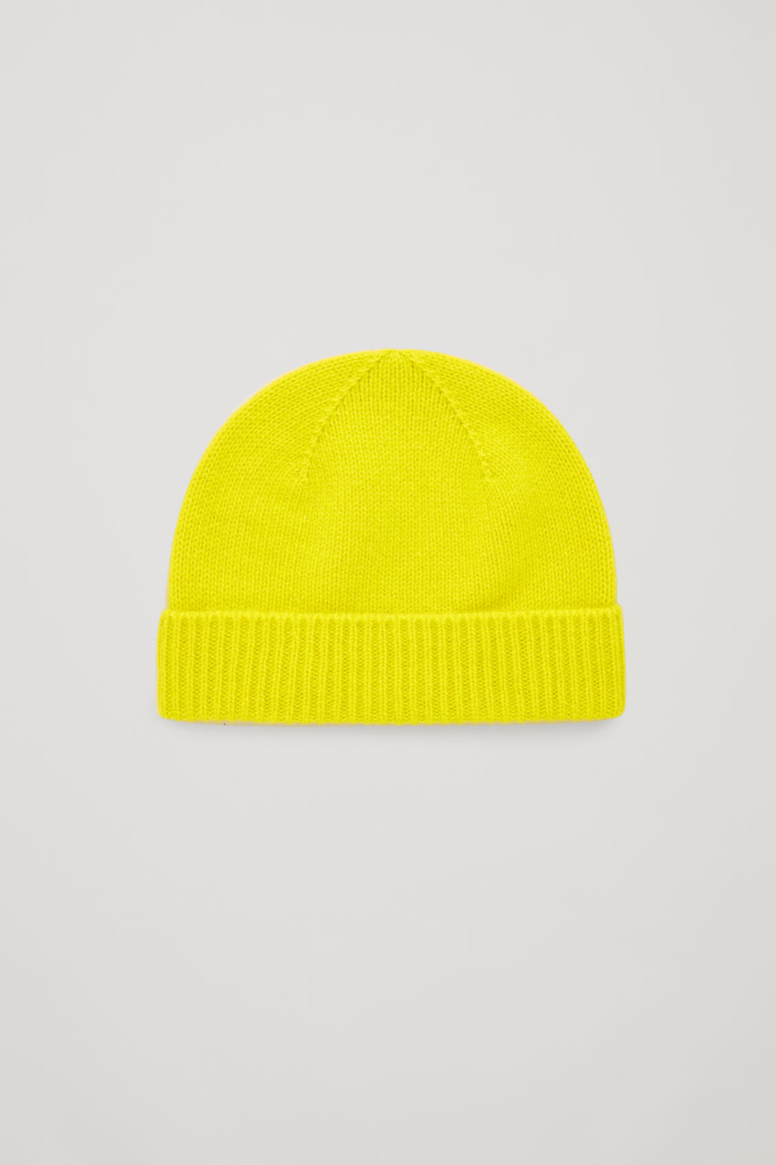 Front image of Cos cashmere knitted hat in yellow