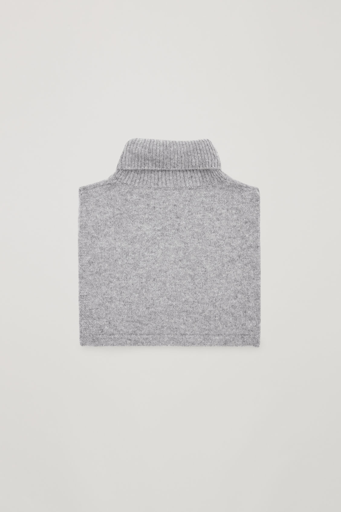 Side image of Cos cashmere polo-neck scarf in grey
