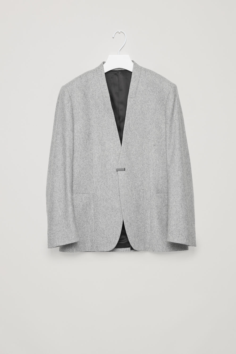 COLLARLESS WOOL BLAZER