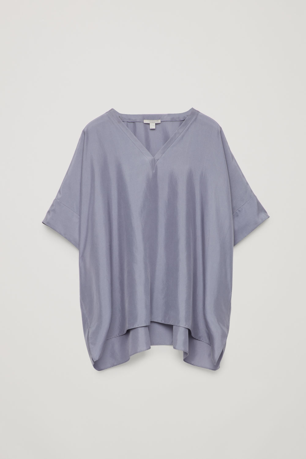 BOXY V-NECK SILK TOP