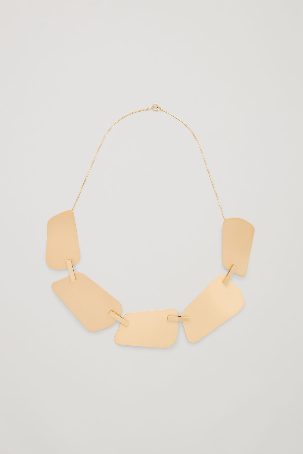 STAPLE-DETAILED SHORT NECKLACE