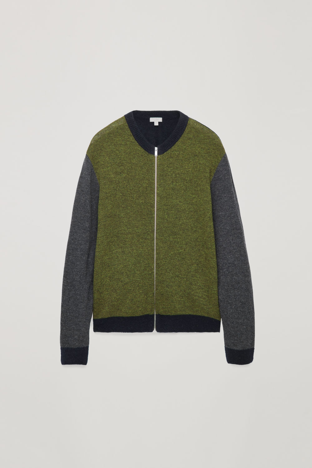 CONTRAST-QUALITY ZIP-UP JUMPER