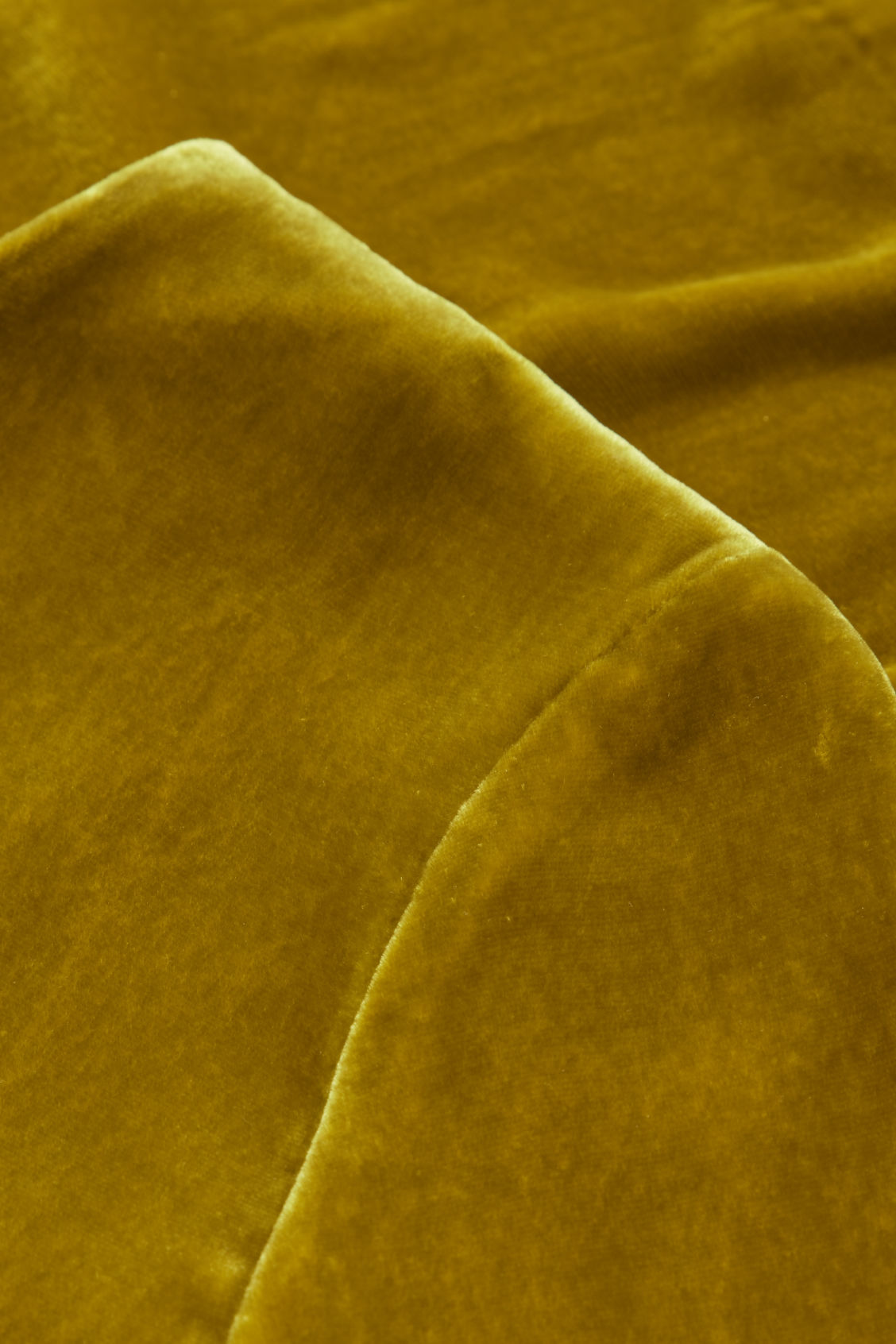 Side image of Cos short-sleeved velvet top in yellow