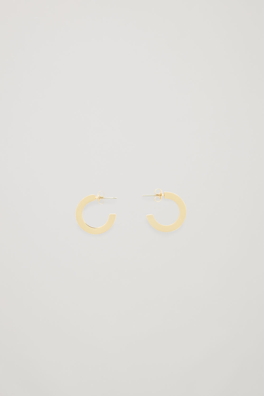SEMI-CIRCLE HOOP EARRINGS