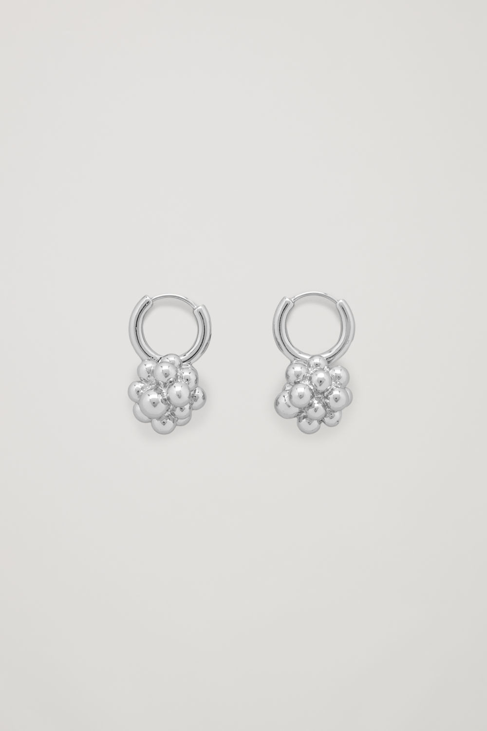 CLUSTER SHAPE EARRINGS