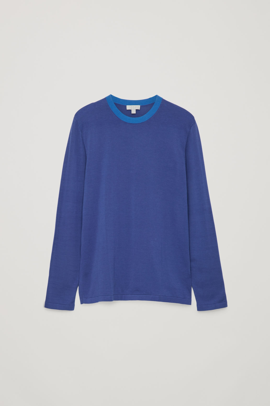 Front image of Cos knitted colour-block top in blue