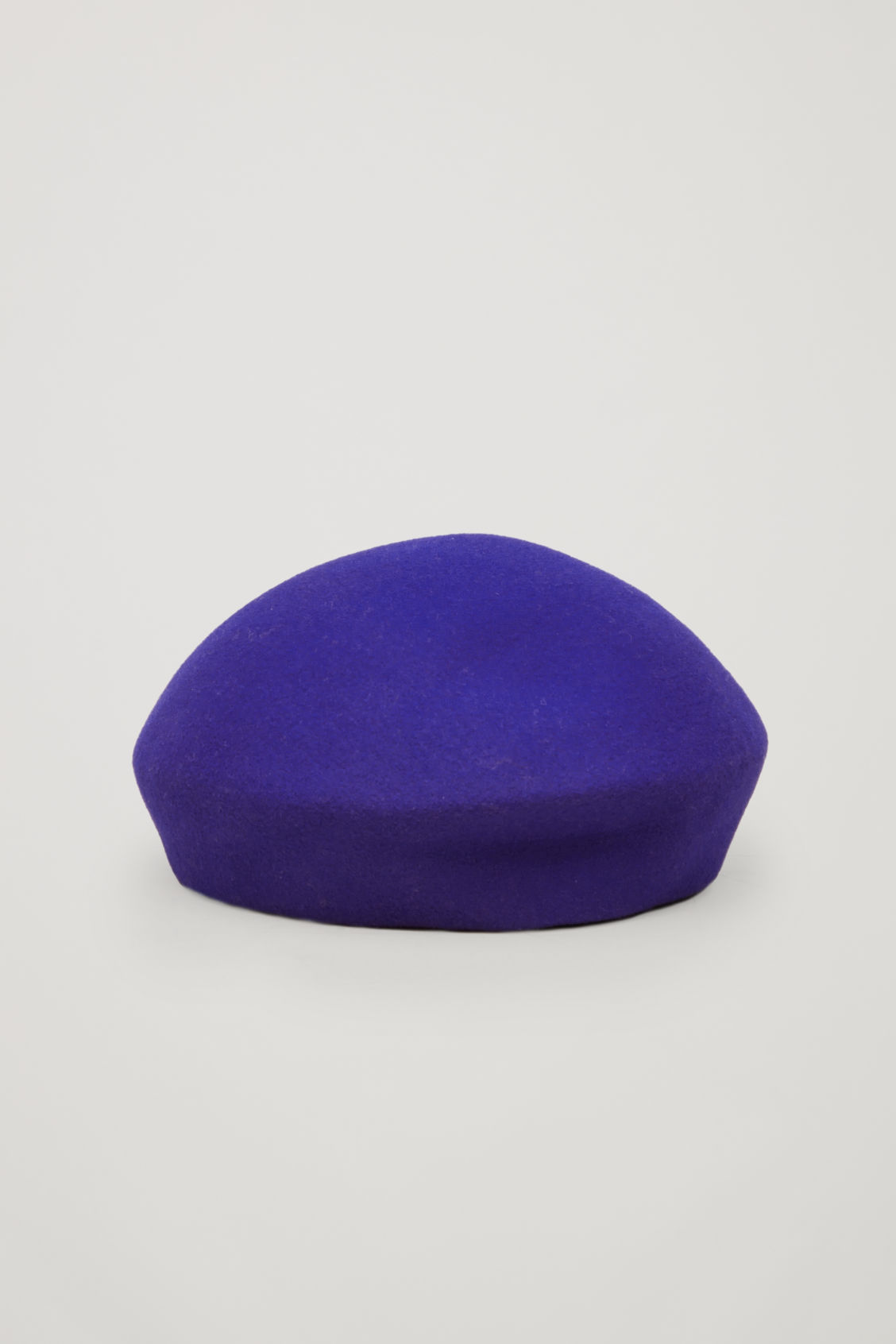 Front image of Cos felt-wool beret in blue