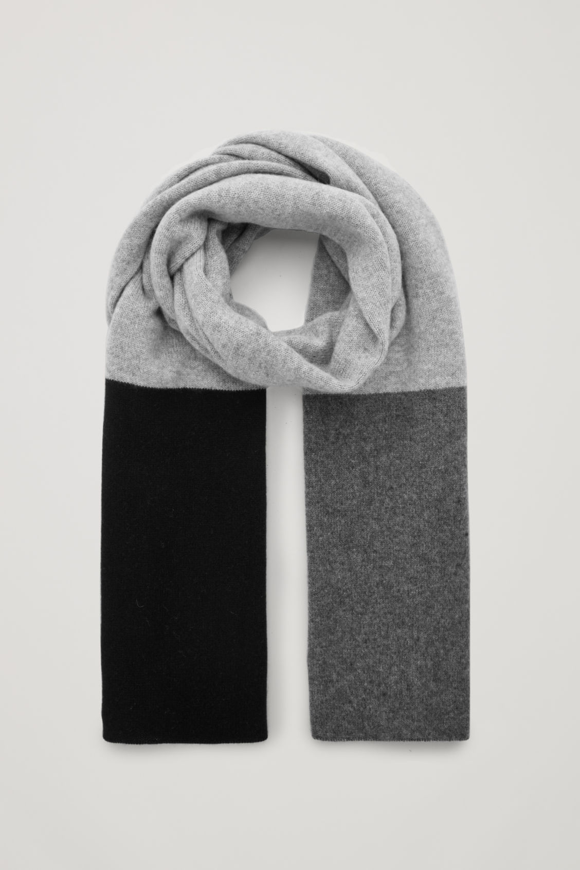 Front image of Cos colour-block cashmere scarf in grey