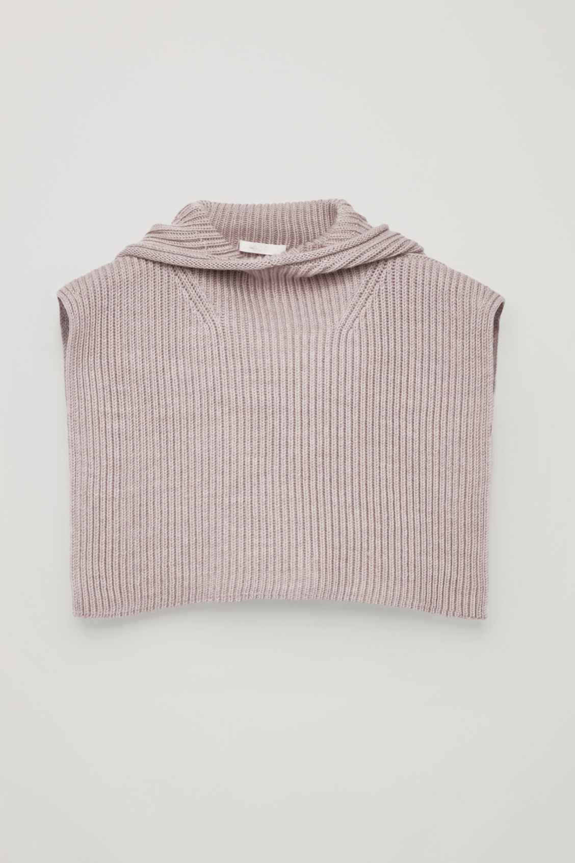 Front image of Cos knitted hood in pink