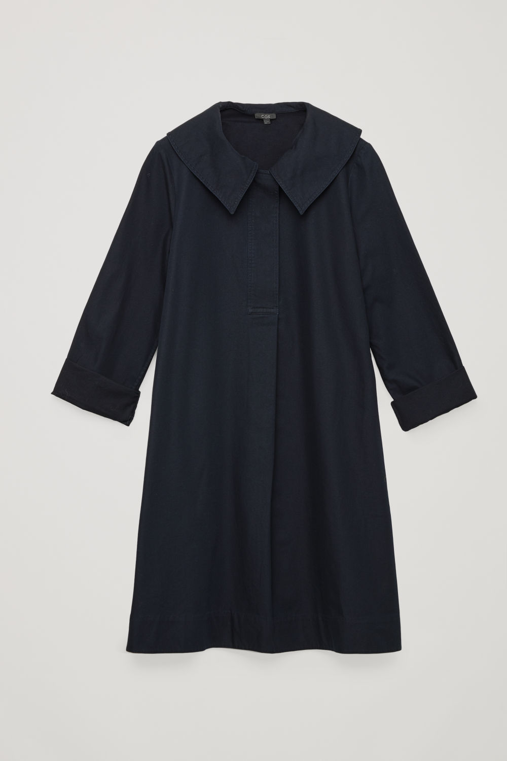 OVERSIZED-COLLAR COTTON DRESS