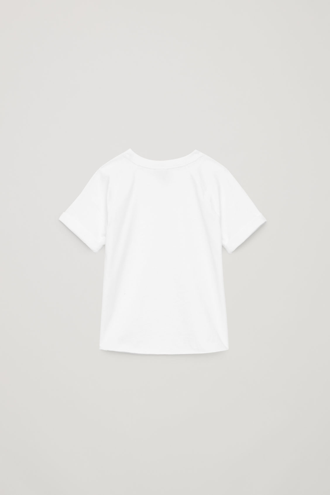 Side image of Cos raglan-sleeved cotton t-shirt in white