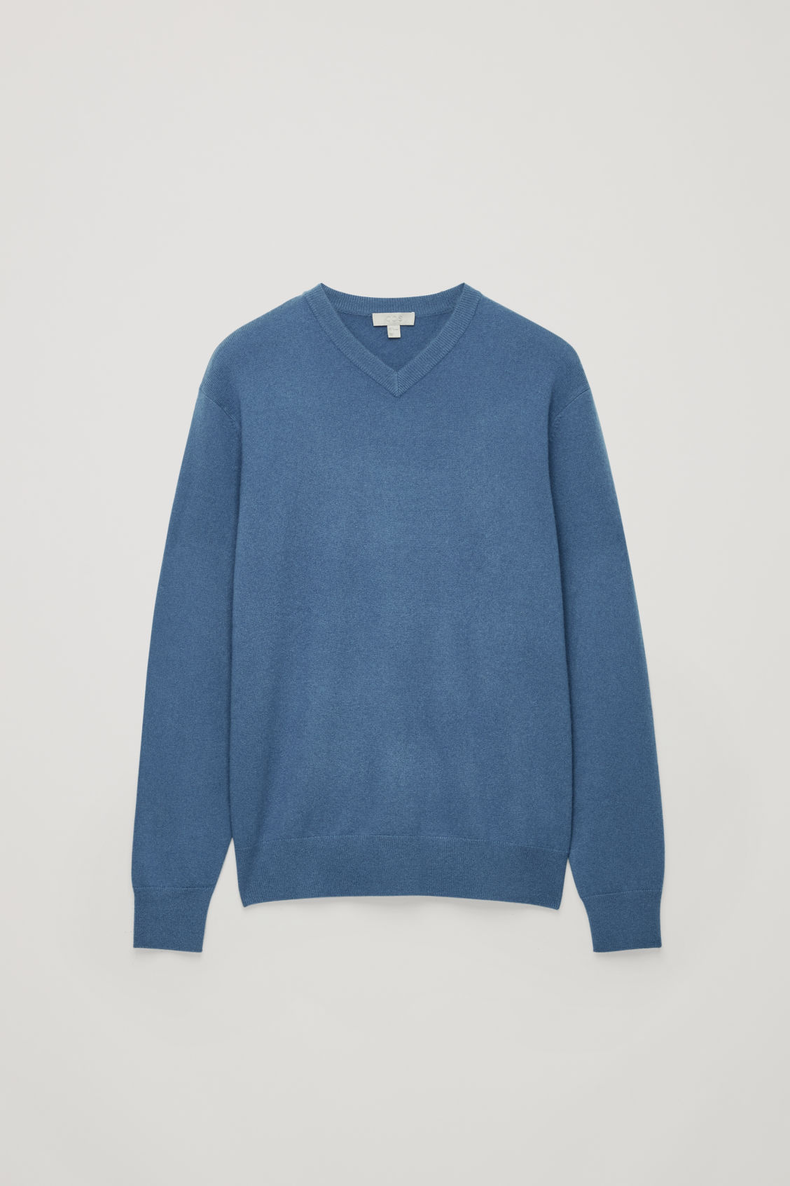 Front image of Cos high v-neck cashmere jumper in blue