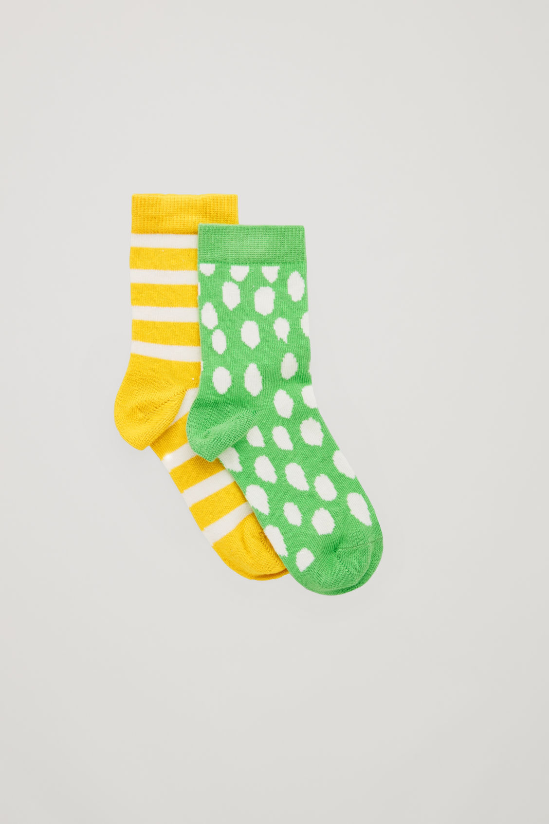 Front image of Cos two pairs of socks in green
