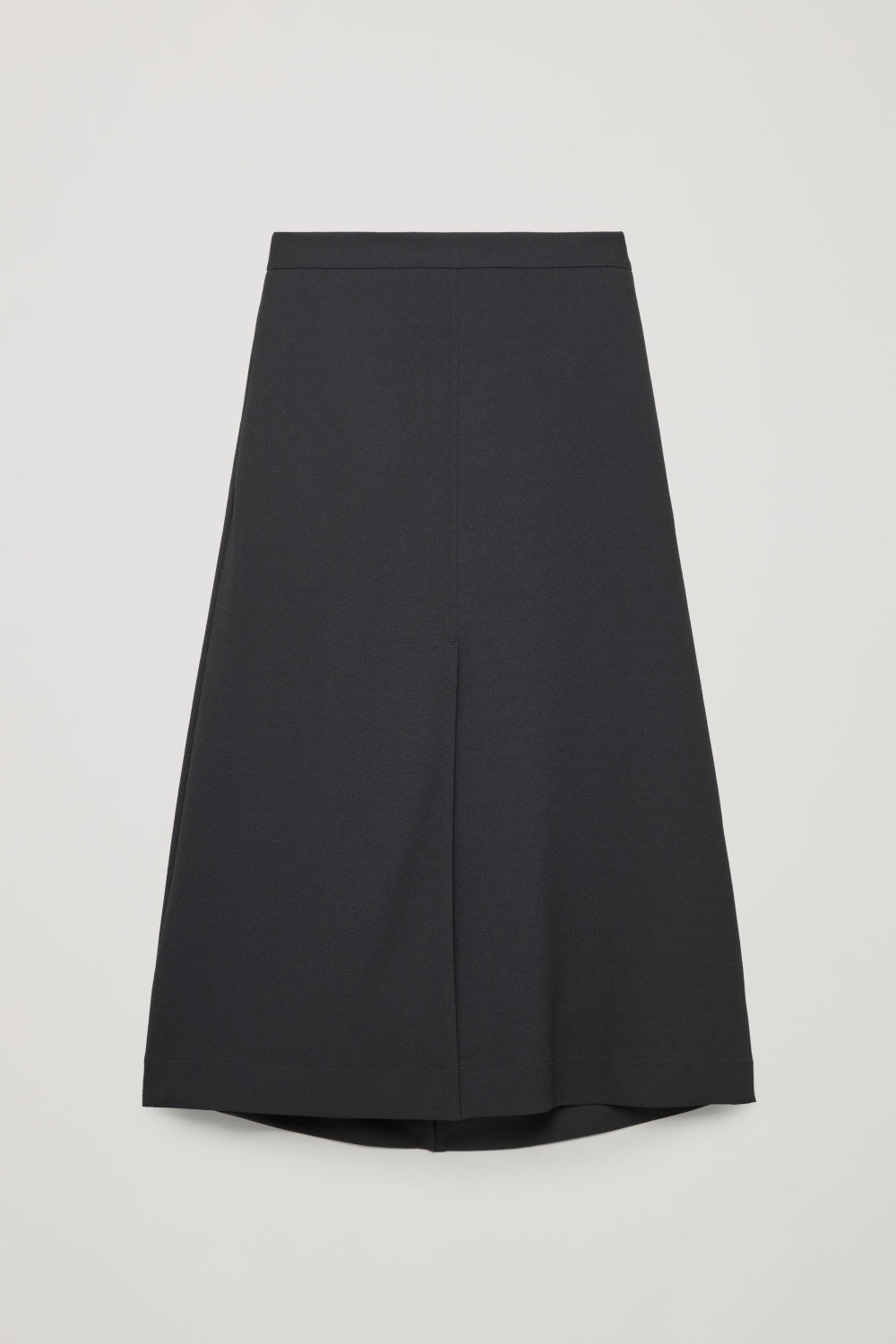 SLIT-DETAILED MID-LENGTH SKIRT