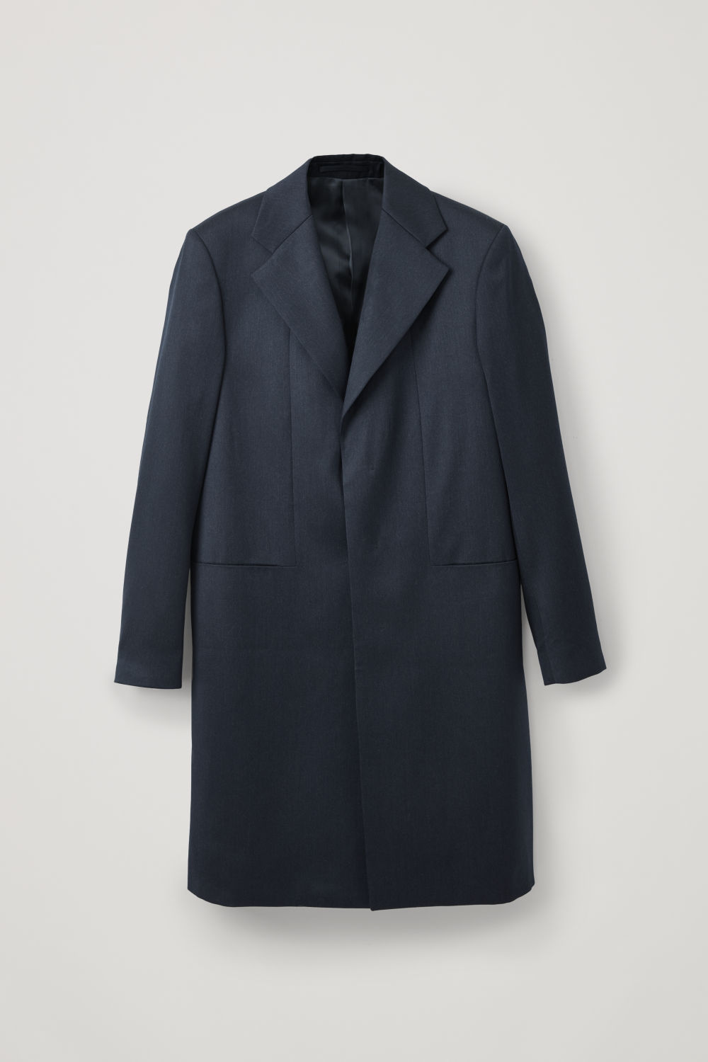 LONG TAILORED OVERCOAT
