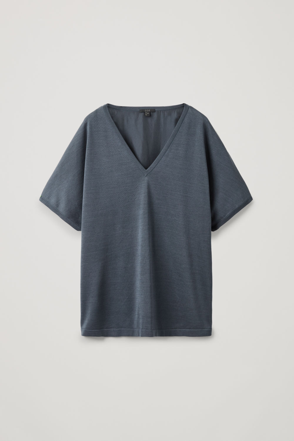 SILK-BACK V-NECK KNIT TOP
