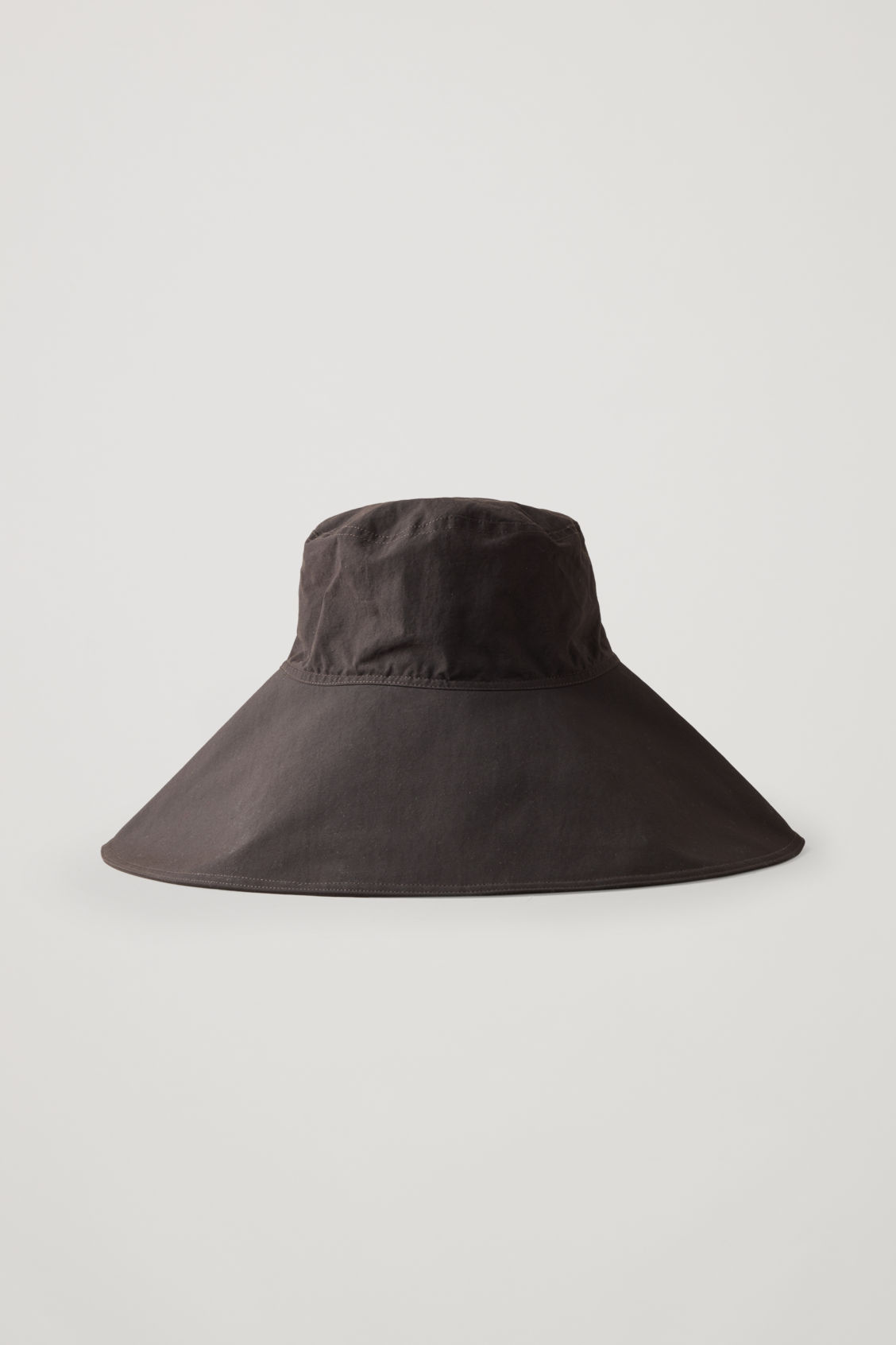 Front image of Cos wide-brim hat in burgundy
