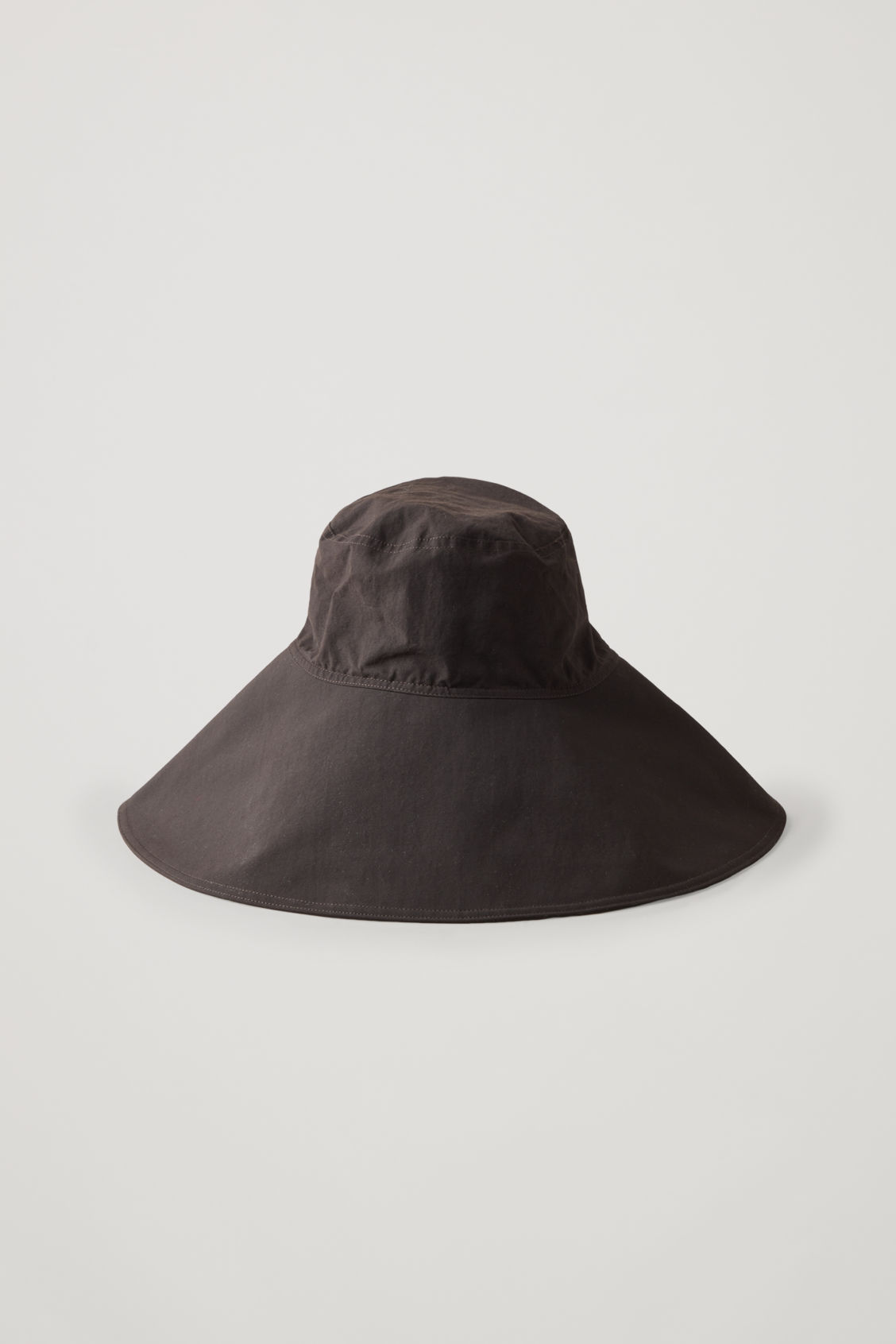 Side image of Cos wide-brim hat in burgundy