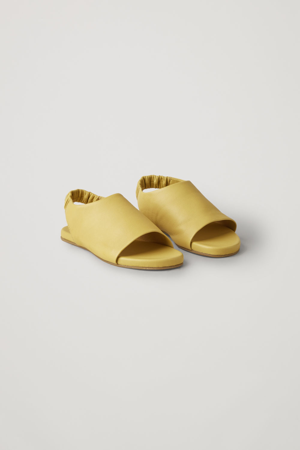 ELASTIC-STRAP LEATHER SANDALS