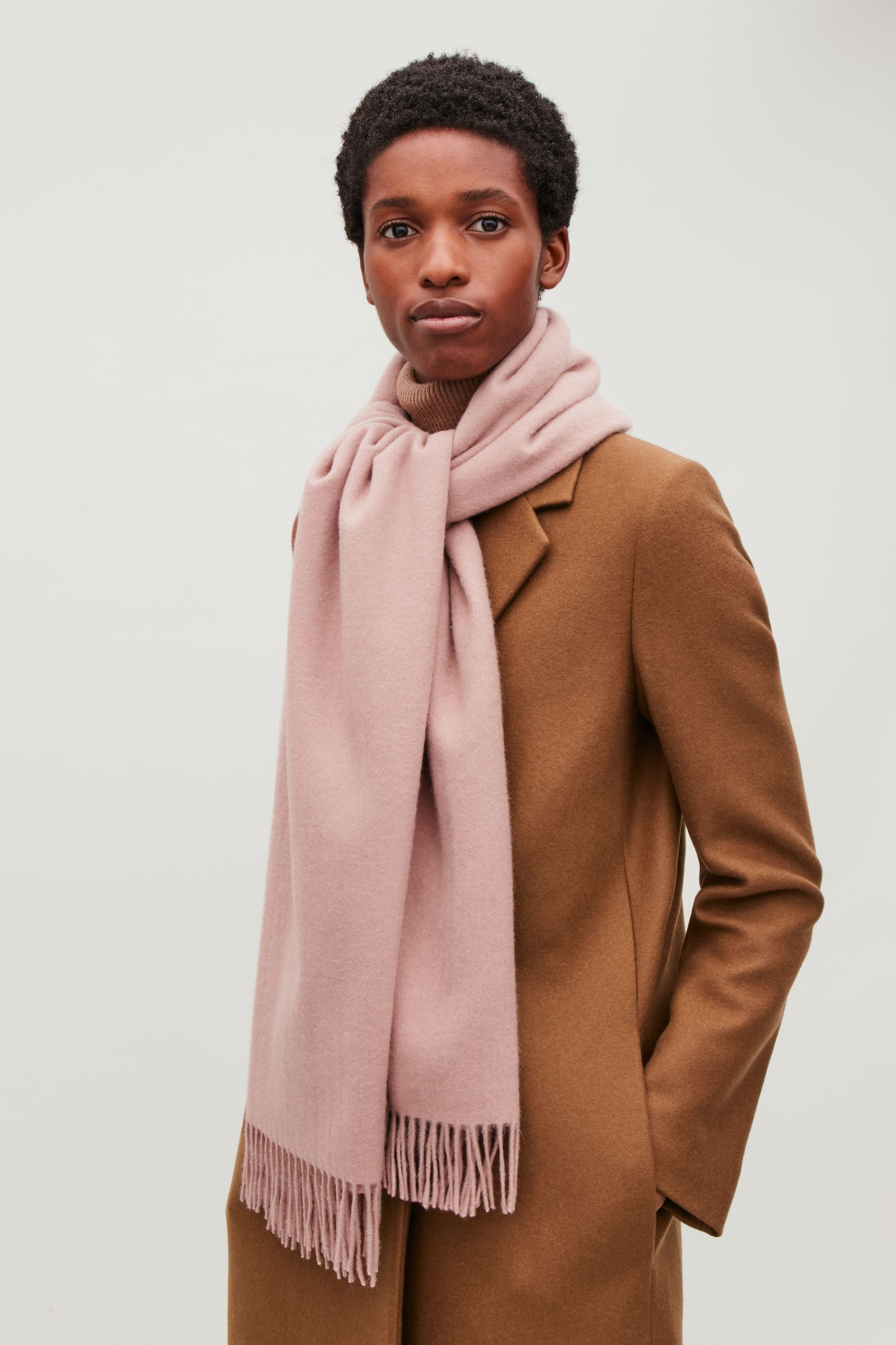 Detailed image of Cos wool-cashmere scarf in pink