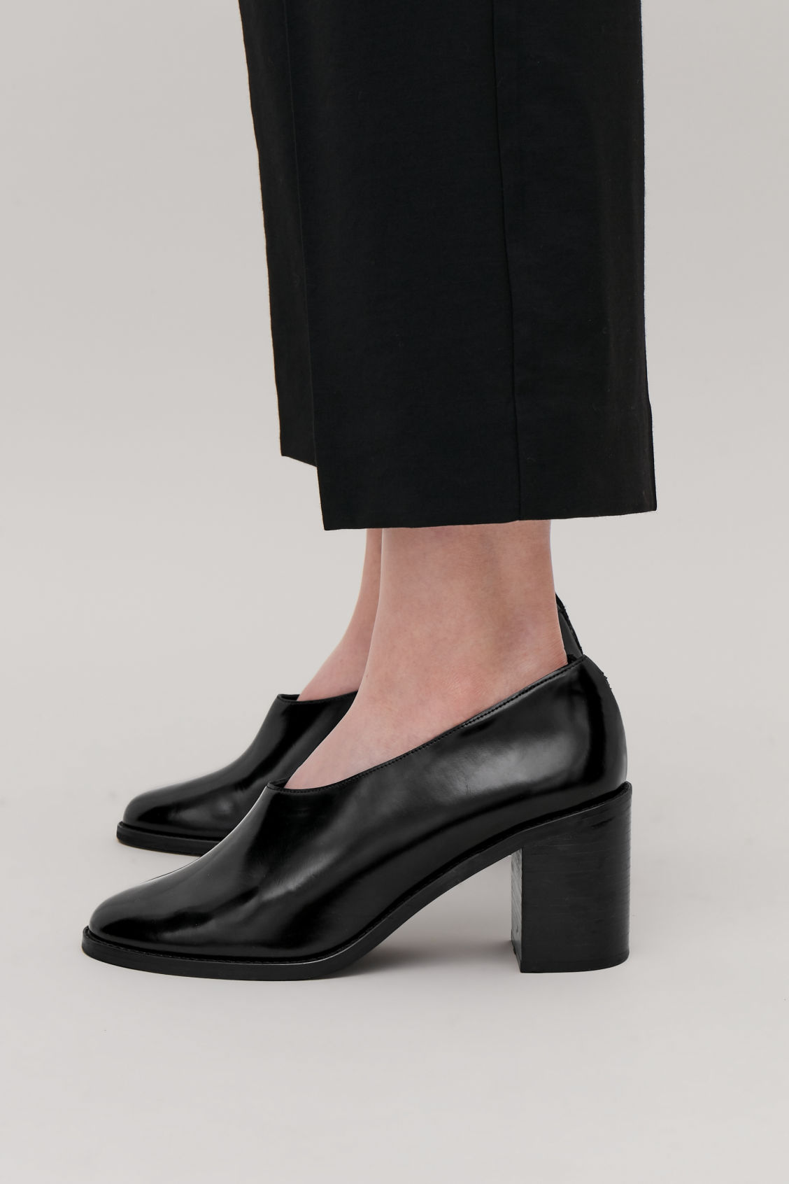 Detailed image of Cos chunky leather heels  in black
