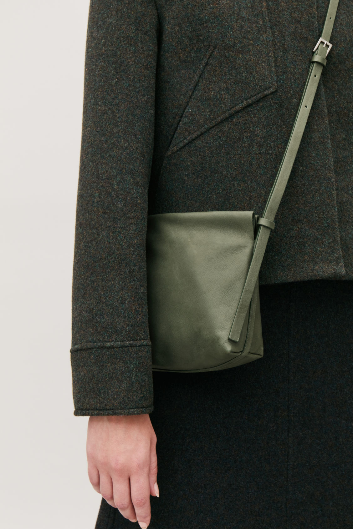 Detailed image of Cos leather shoulder bag  in green
