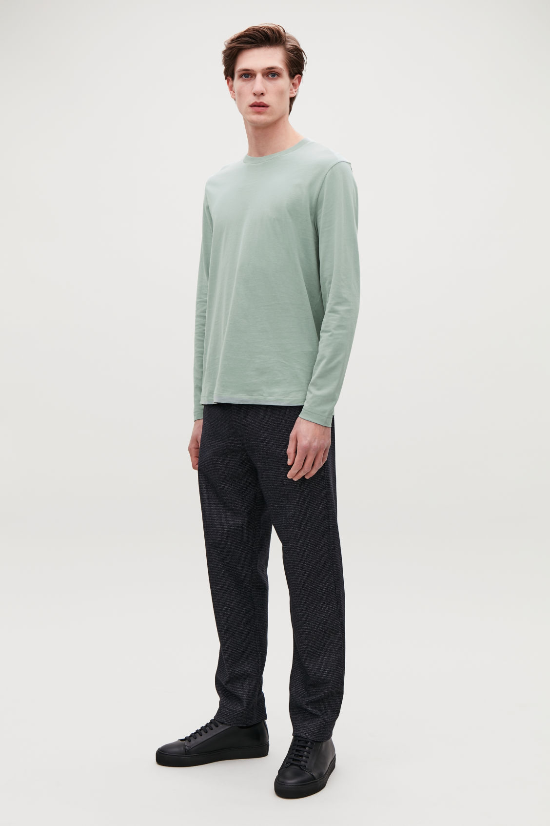 Detailed image of Cos long-sleeved cotton t-shirt  in green