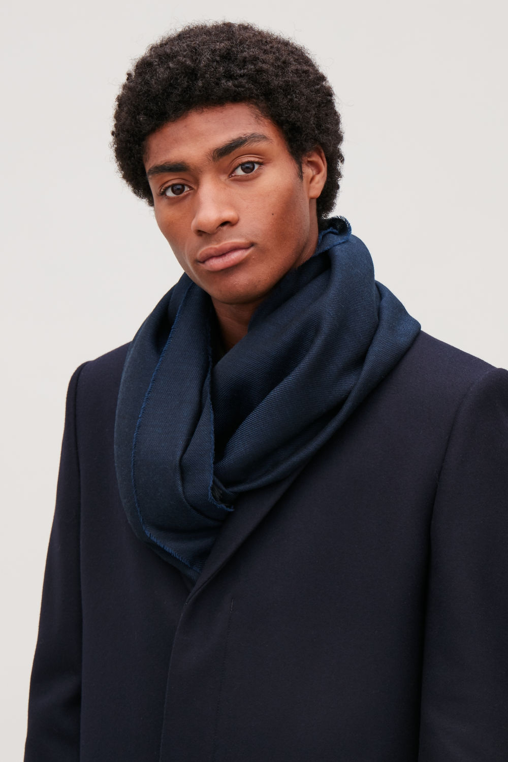 SHEER WOOL-TWILL SCARF
