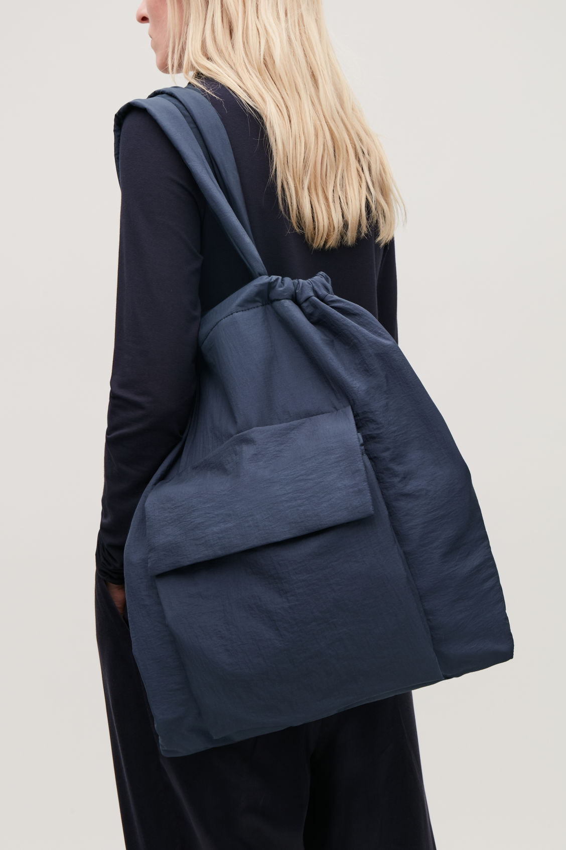 Detailed image of Cos gathered tote bag  in blue