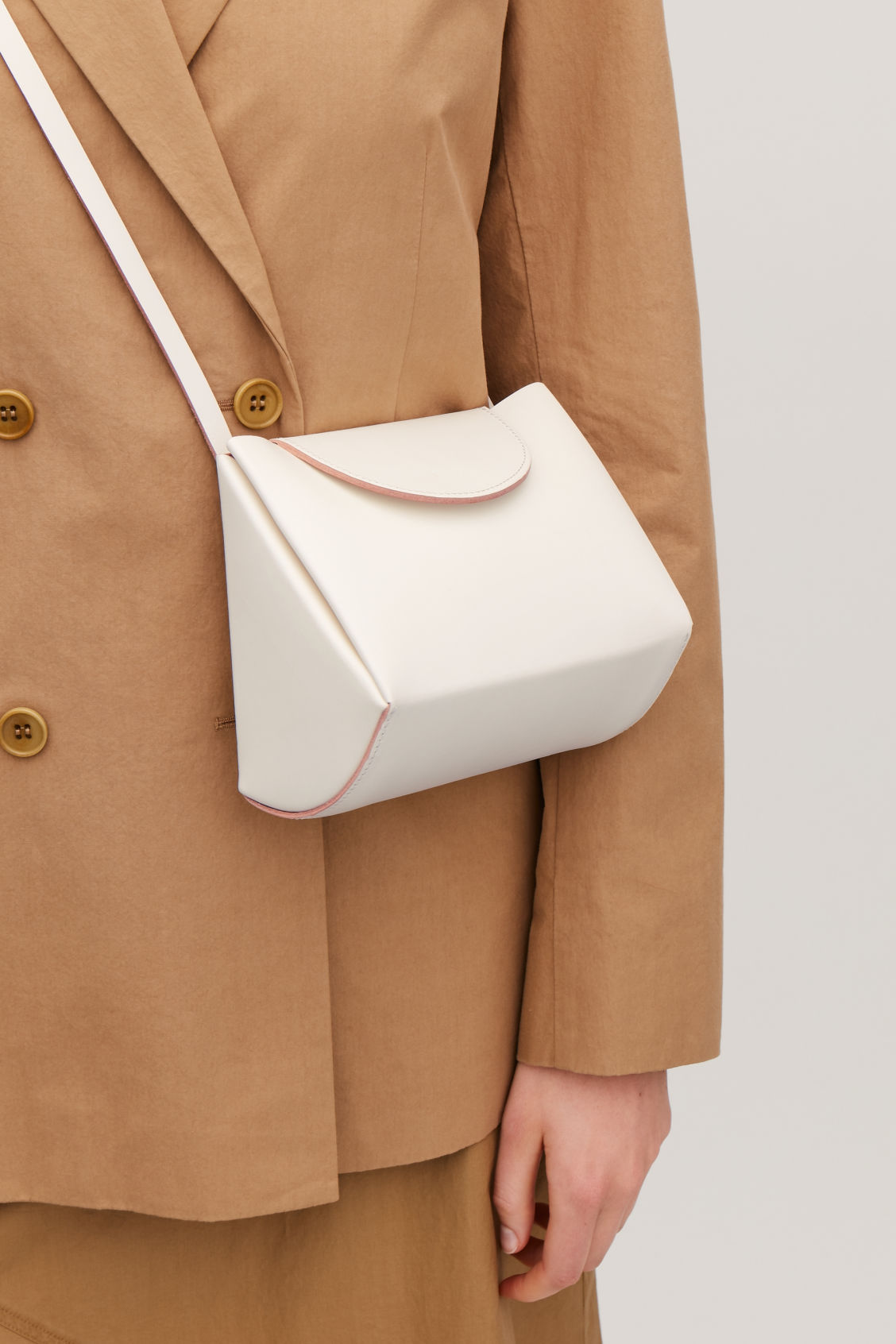 Detailed image of Cos structured leather bag  in white