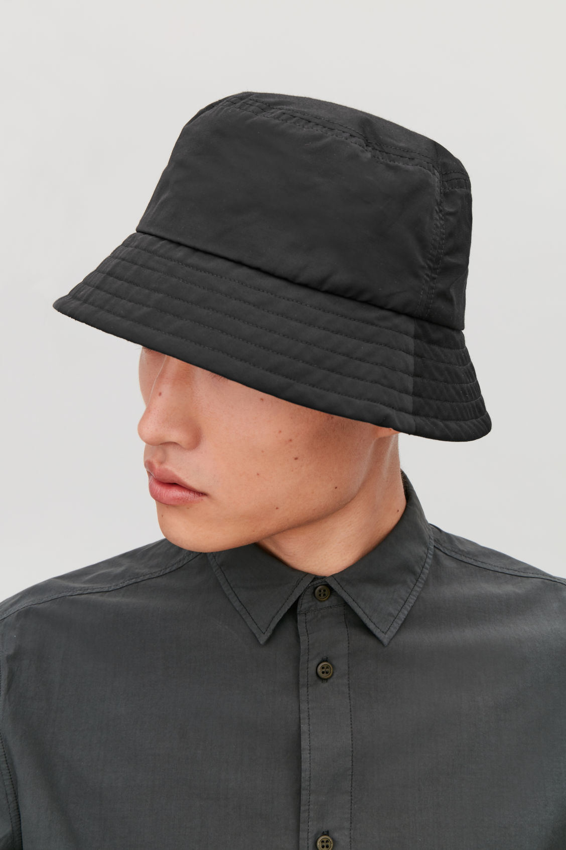 Detailed image of Cos bucket hat in black 204605bf0f5