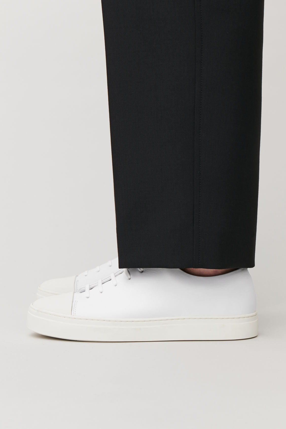 Detailed image of Cos  rubber-detailed leather sneakers in white