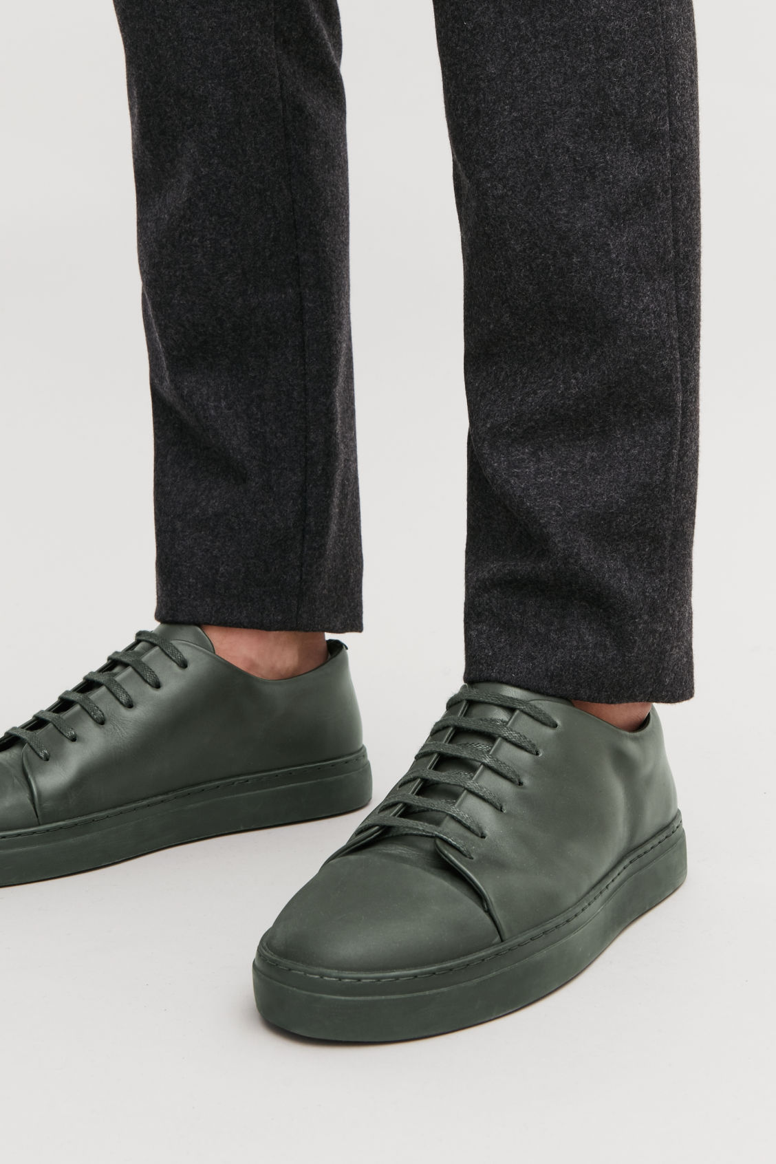 Detailed image of Cos rubber-detail leather sneakers  in green