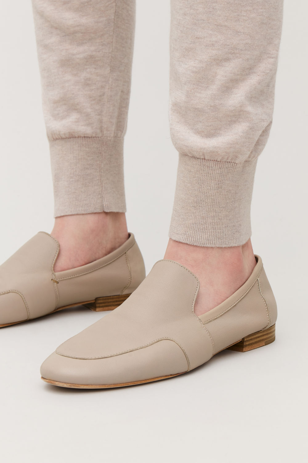 SOFT LOAFERS