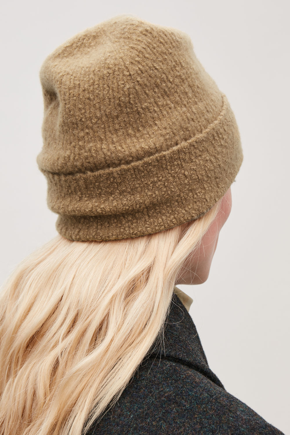 BOILED WOOL-BOUCLE KNIT HAT