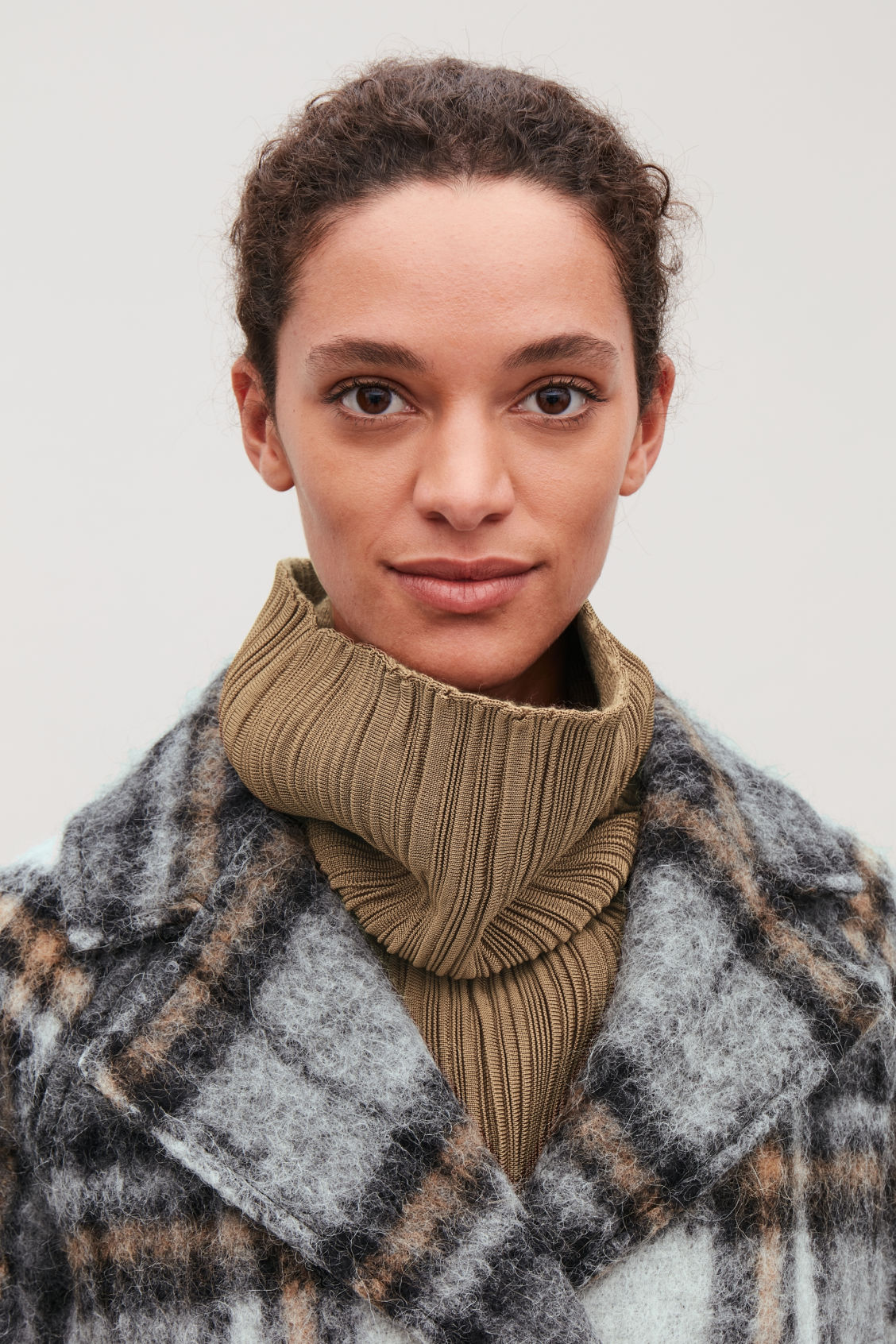 Detailed image of Cos high rippled-wool mock scarf in beige