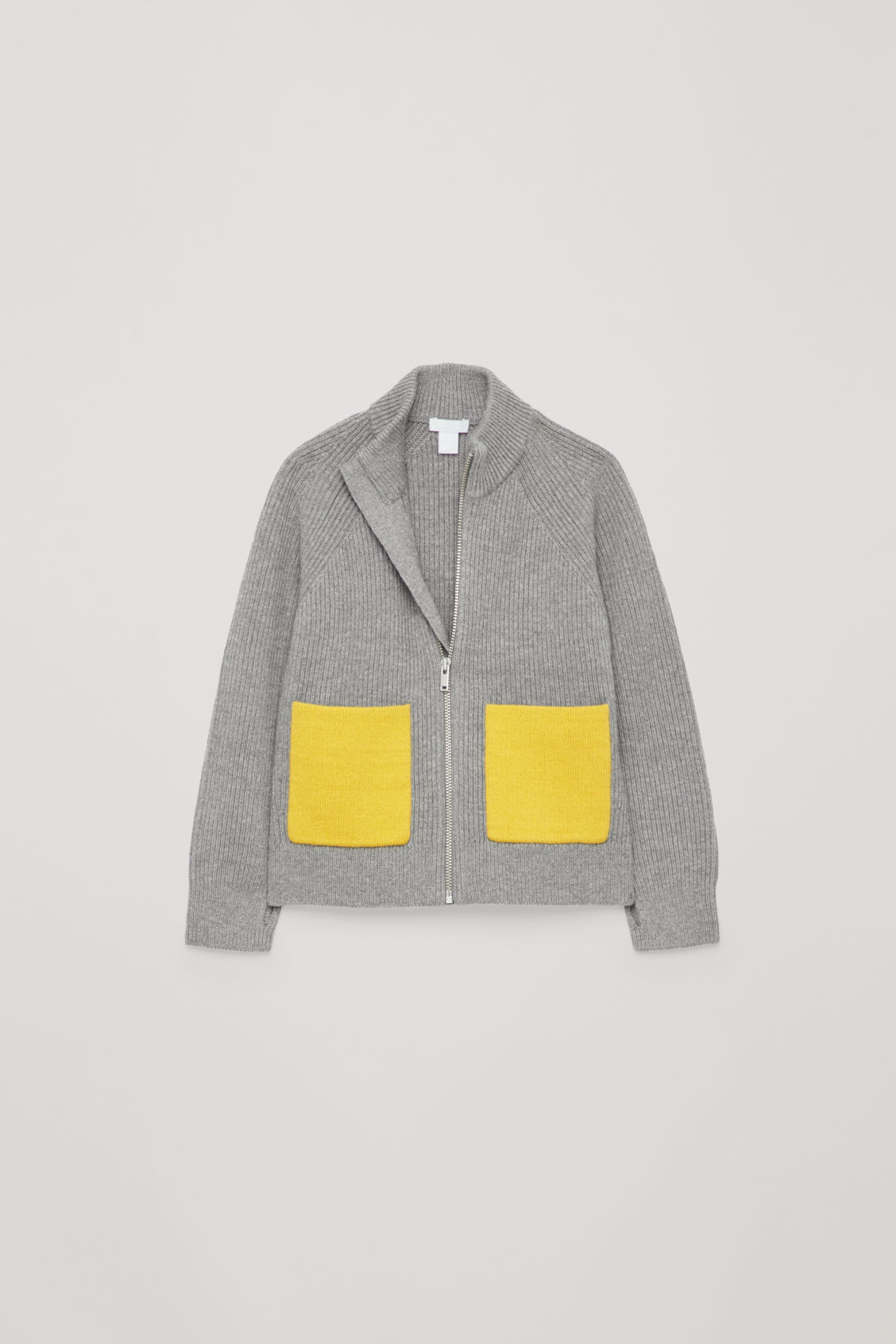 Detailed image of Cos  in grey