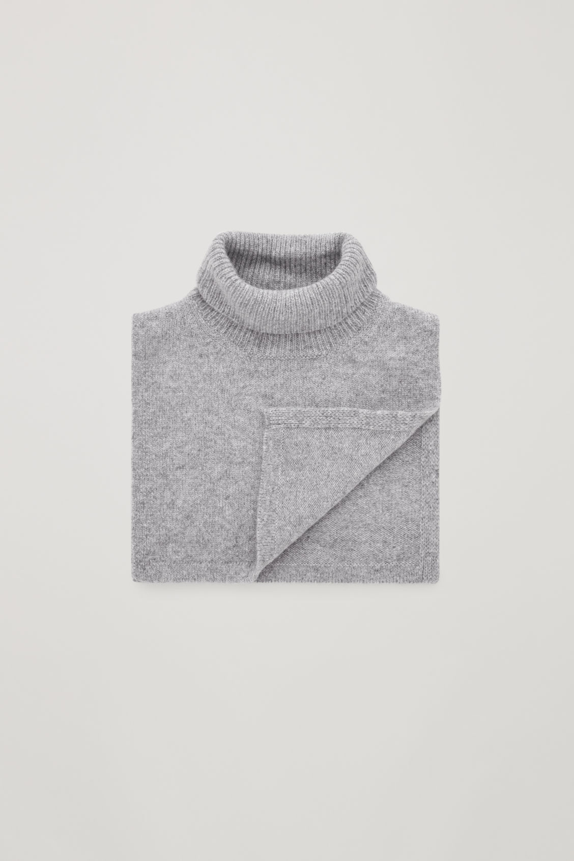 Detailed image of Cos cashmere polo-neck scarf in grey