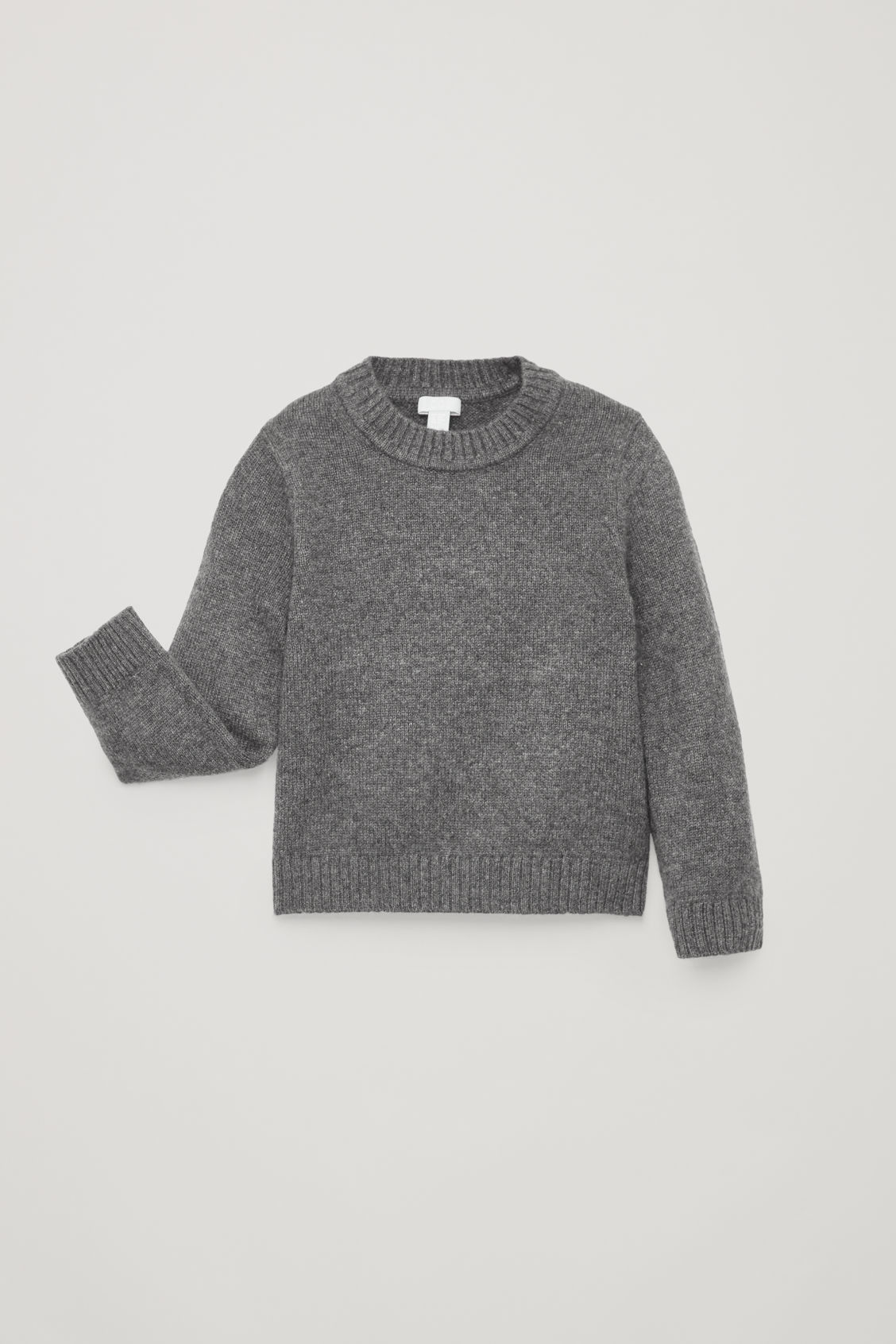 Detailed image of Cos cashmere knitted jumper  in grey
