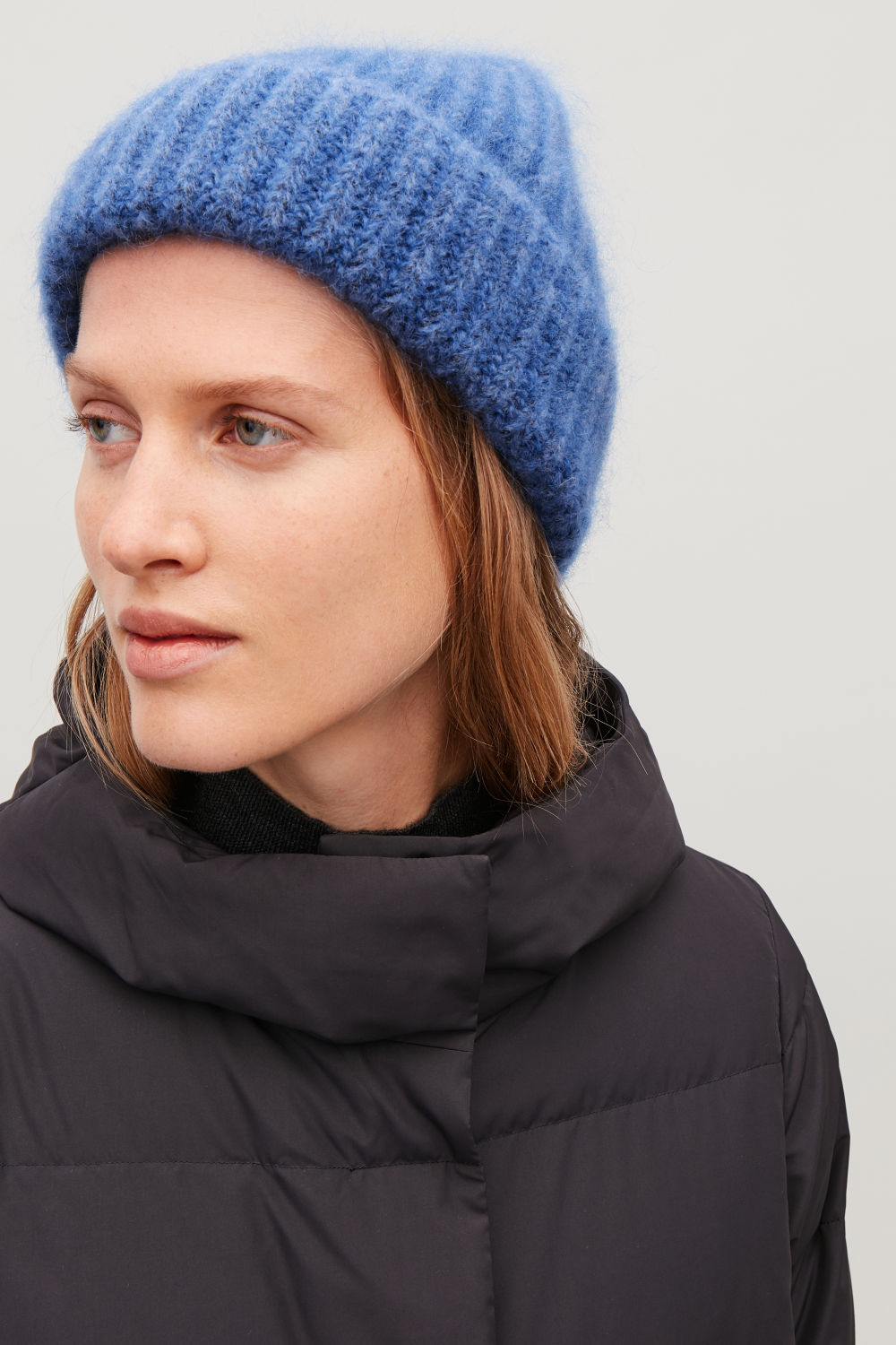 FUZZY RIBBED-WOOL HAT