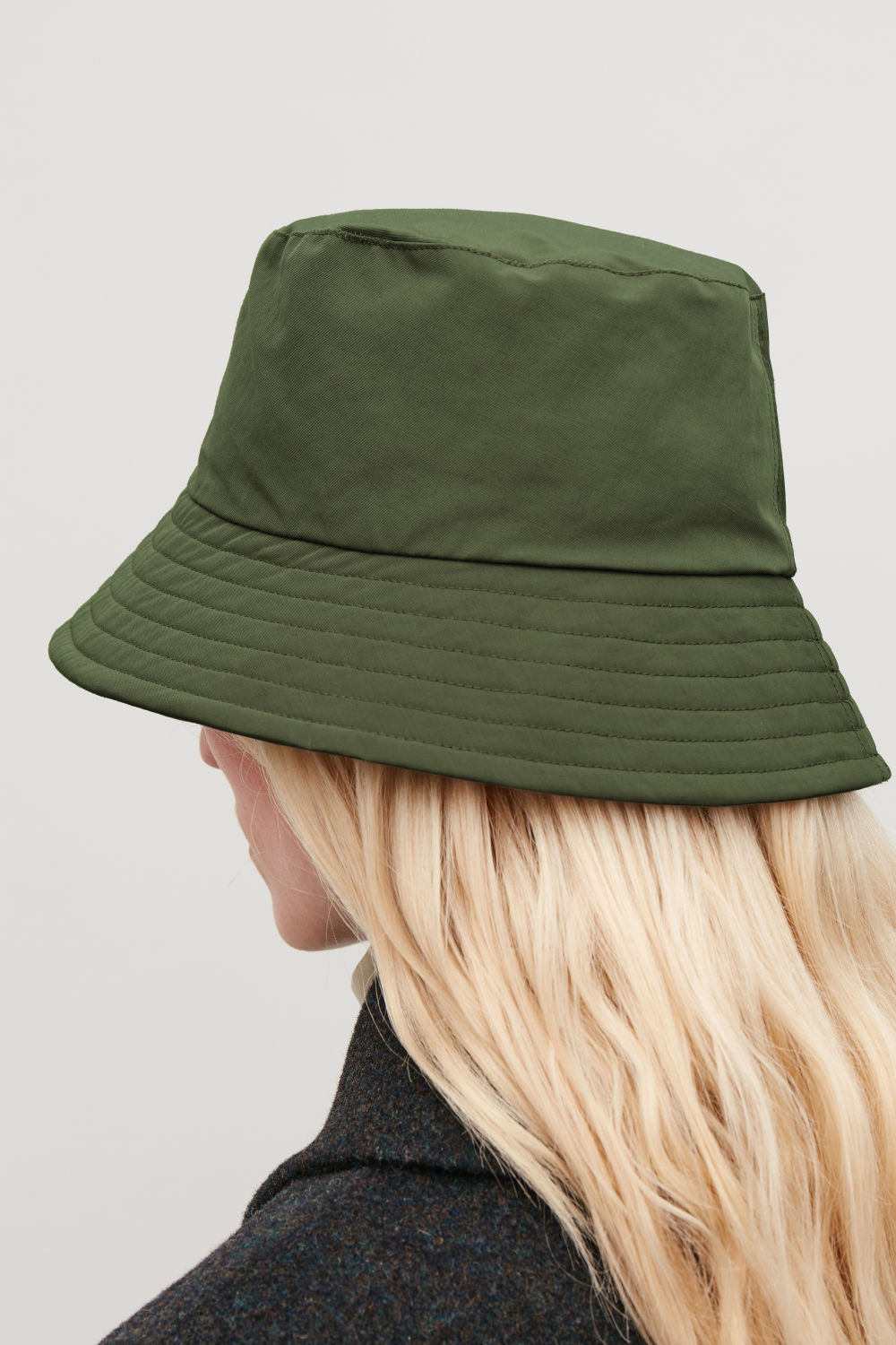 PADDED WAXED-COTTON BUCKET HAT