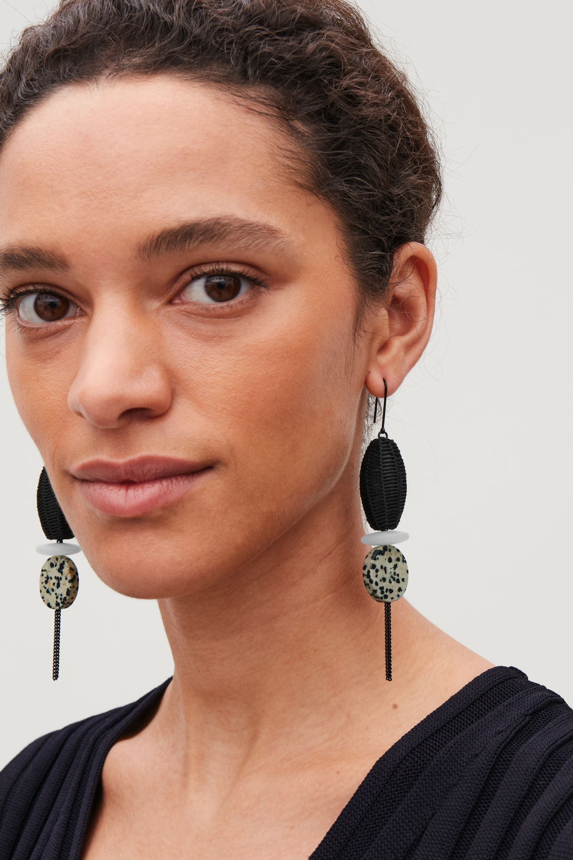 Detailed image of Cos mix-material drop earrings in black