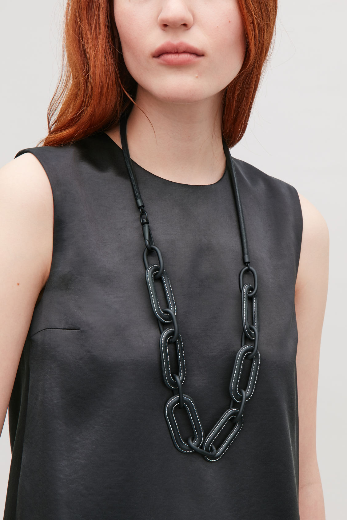 Detailed image of Cos leather loop necklace in black