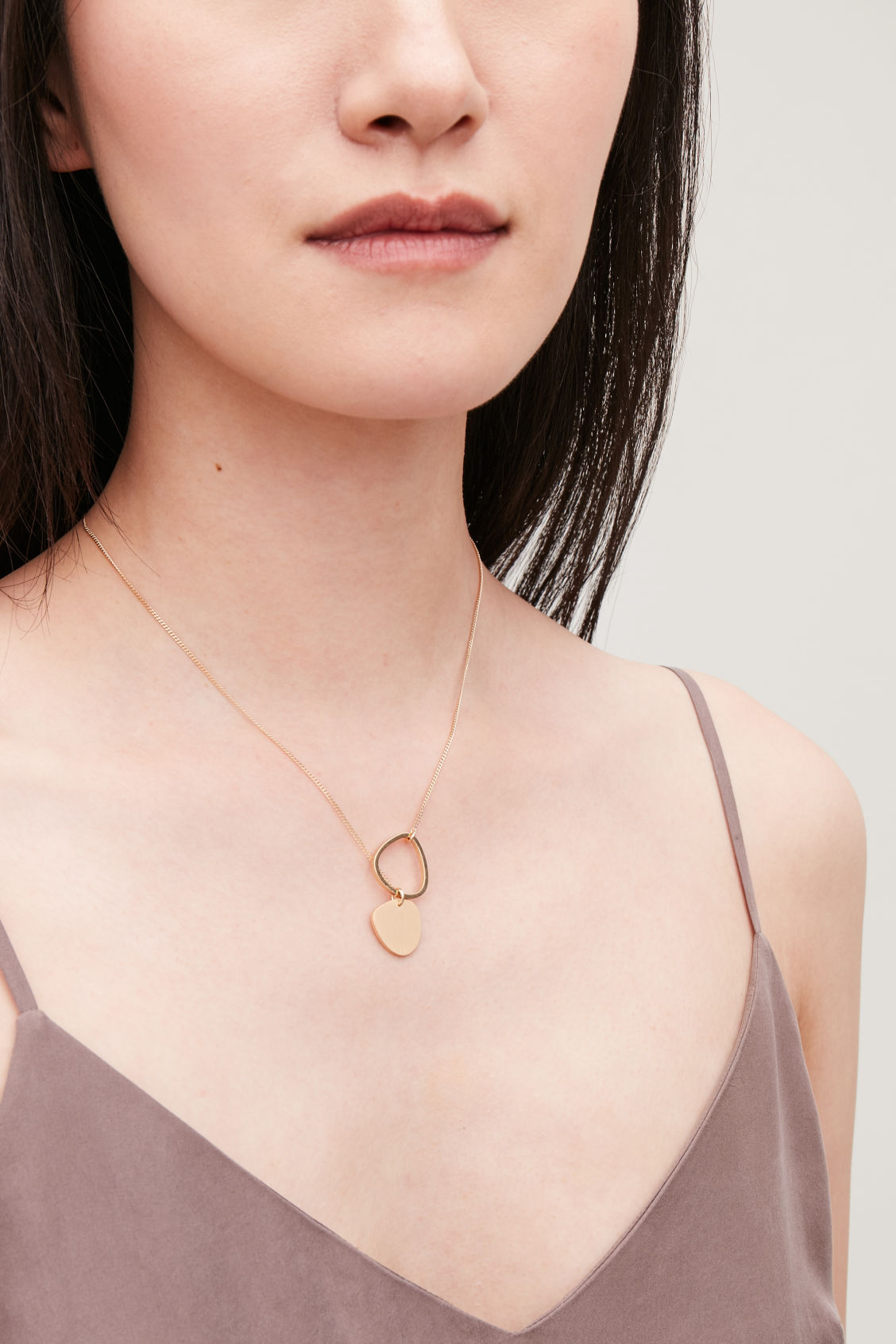 Detailed image of Cos short mixed-shape necklace  in gold