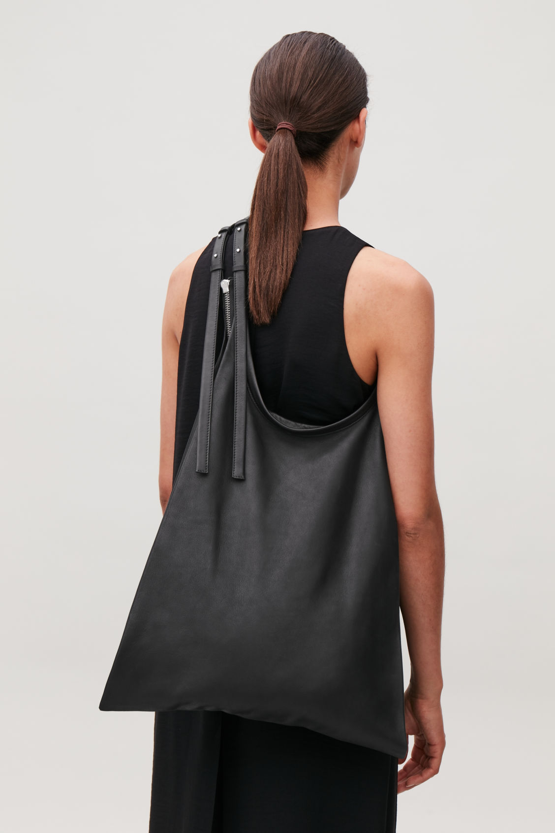 Detailed image of Cos leather shopper bag  in black