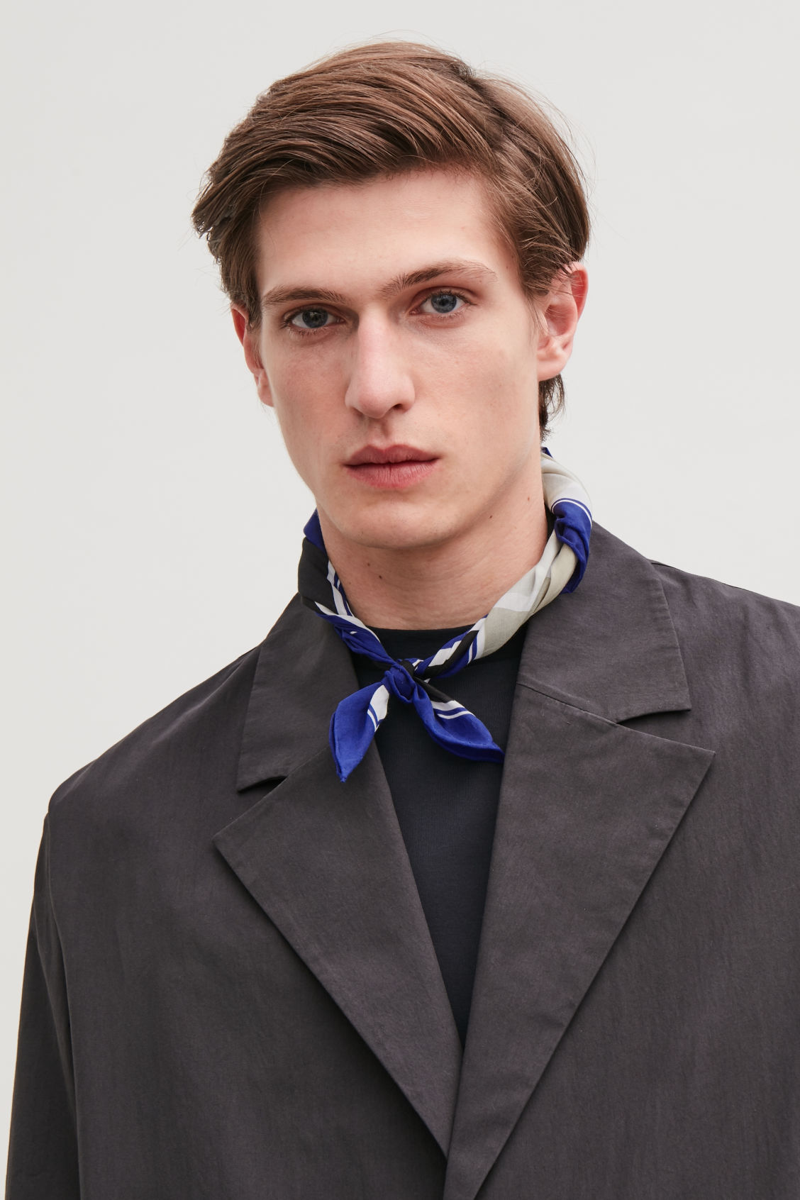 Detailed image of Cos printed silk-mix neckerchief  in blue