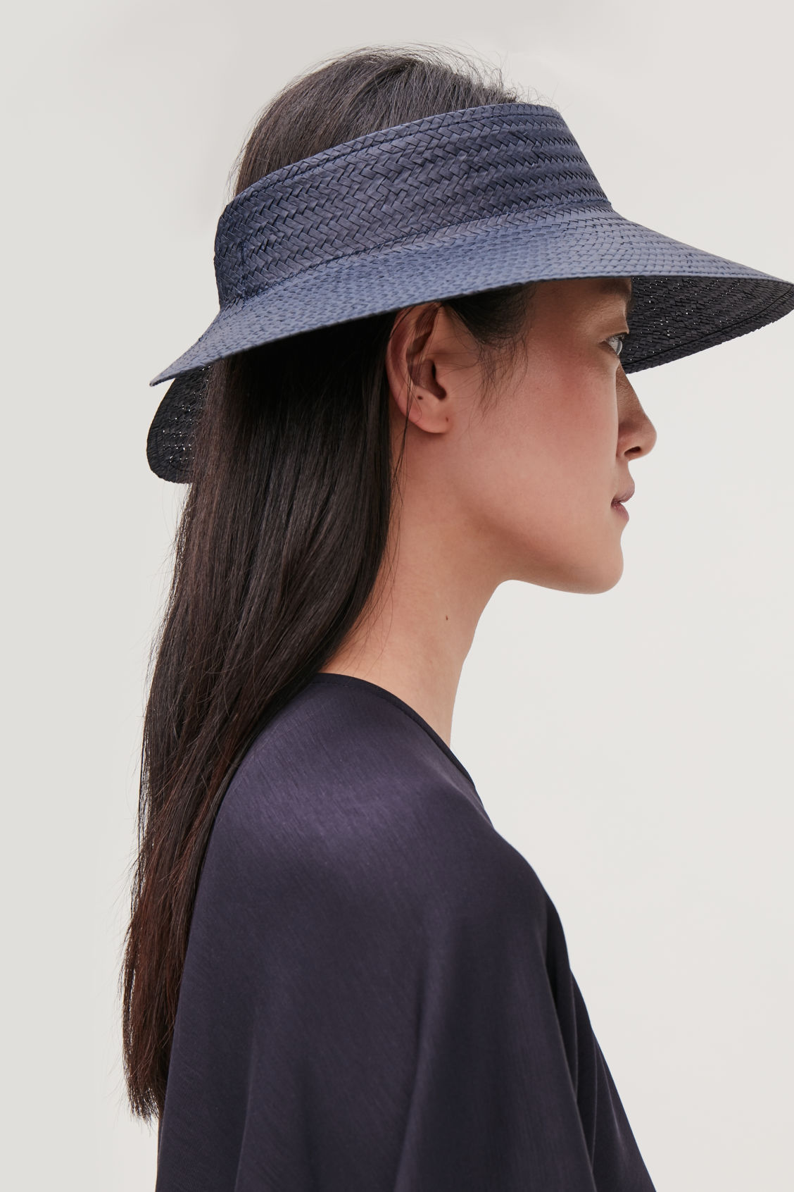 Detailed image of Cos straw visor in blue
